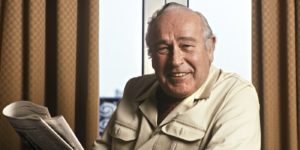 Paris may 5. File photo: american author Robert Ludlum in Paris to promote his book. Photo by Ulf Andersen/ Getty Images